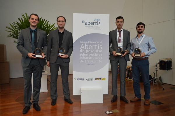 The Network of Abertis Academic Chairs awards its first International Road Safety Prize to a work focused on the safety of pedestrians