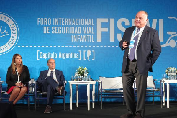 Abertis and UNICEF showcase their commitment to road safety at FISEVI, the International Child Road Safety Forum, in Argentina