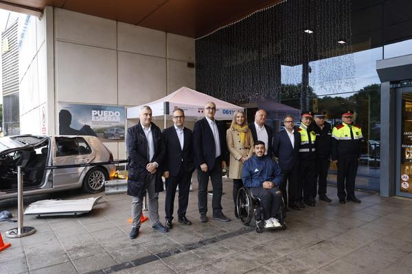 The Abertis Foundation, Movistar, Servei Català de Trànsit and Yelmo Cines launch the #PuedoEsperar campaign to alert about the risk of using the mobile phone at the wheel at Catalonia
