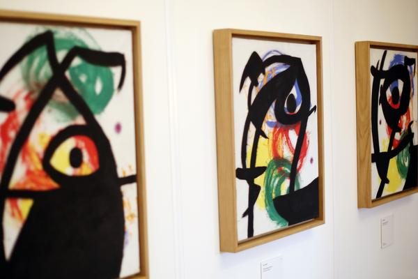 The Abertis Foundation and the Fundació Joan Miró bring to Paris an art collection by the artist