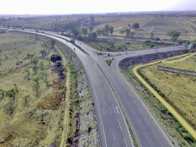 Abertis closes the acquisition of two toll roads in India for 128 million euros